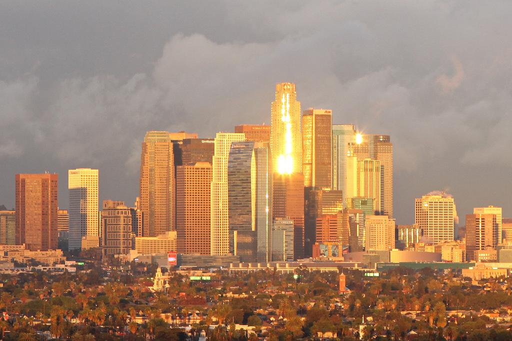 los-angeles-skyline-sun-reflection-flickr.jpg