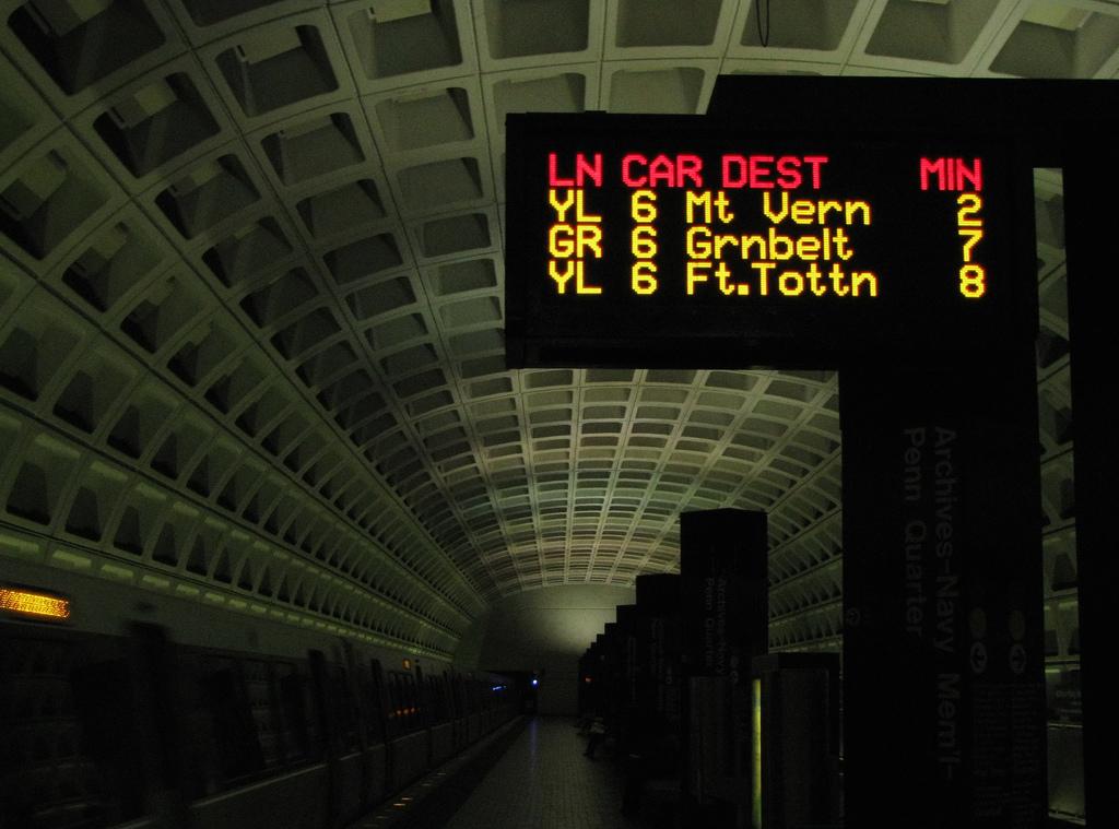 washington-metro-subway-time-sign-flickr.jpg