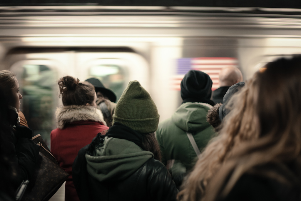 new-york-subway-crowd-train-blur-flickr.jpg