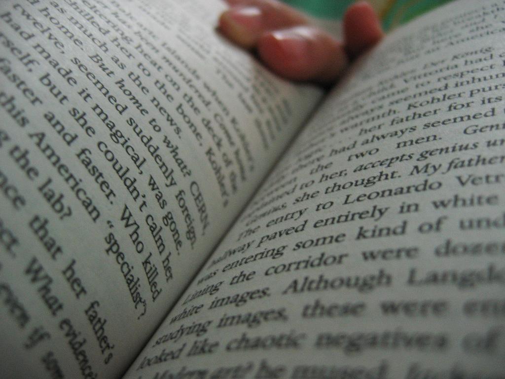 reading-a-book-speed-read-flickr.jpg