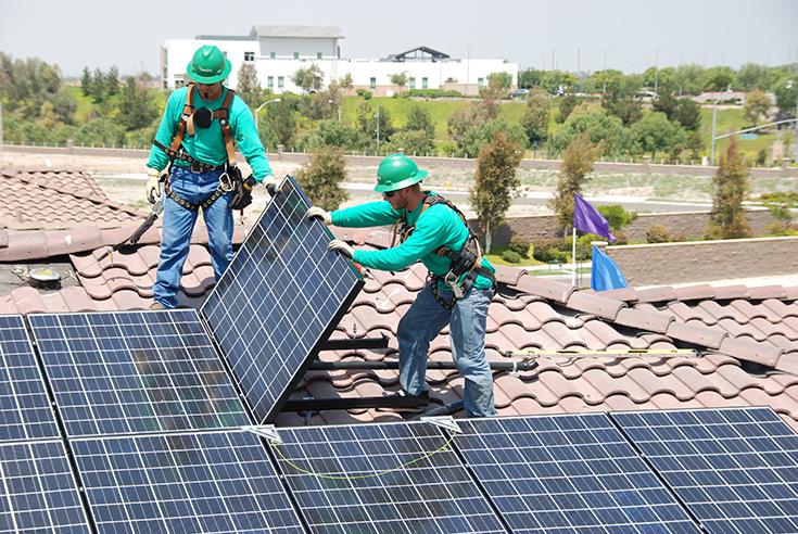 solarcityinstallers-press-photo.jpg