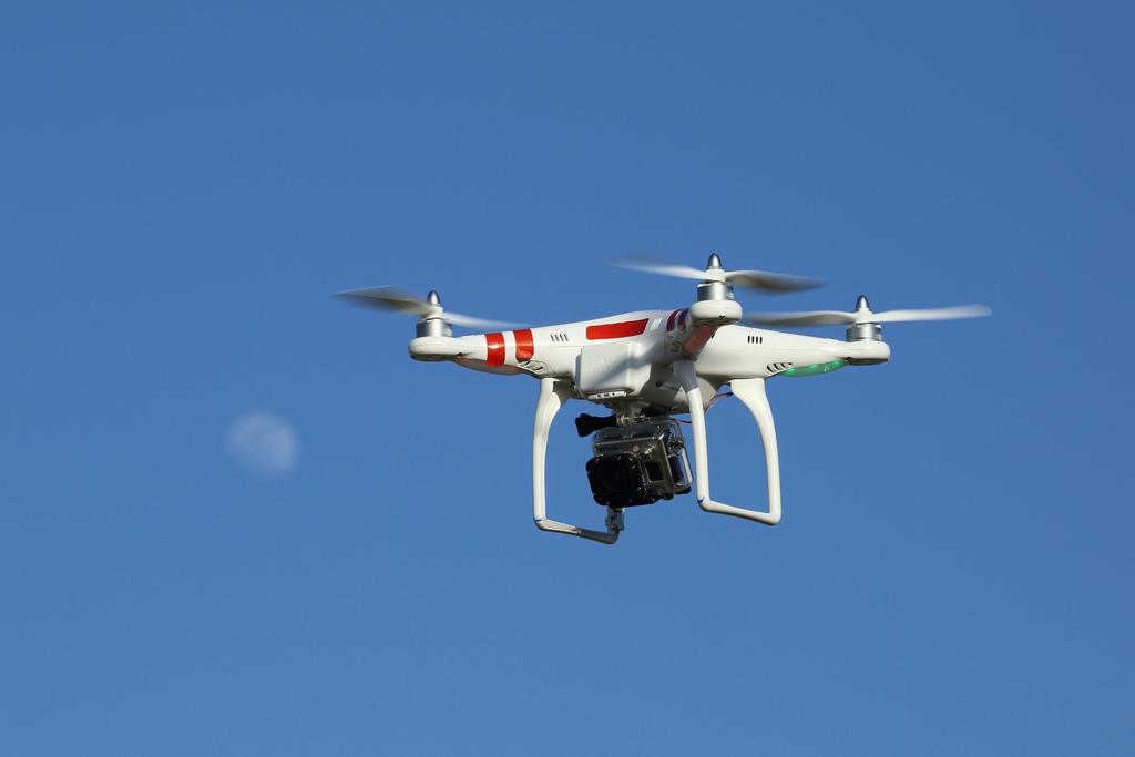 drone-camera-moon-flickr.jpg