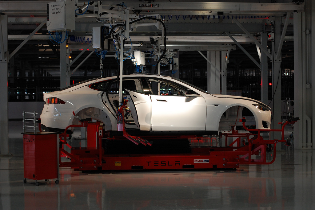 tesla-factory-california-electric-car-flickr.jpg