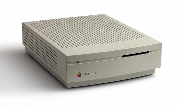 Apple IIsi: 1990