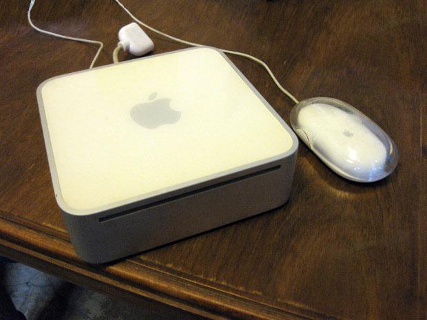 Mac mini: 2006
