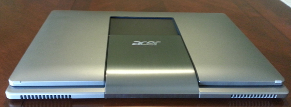Acer Aspire R7 laptop with funky hinge