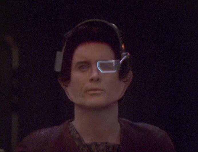 "The ""Vorta Command"" headset"
