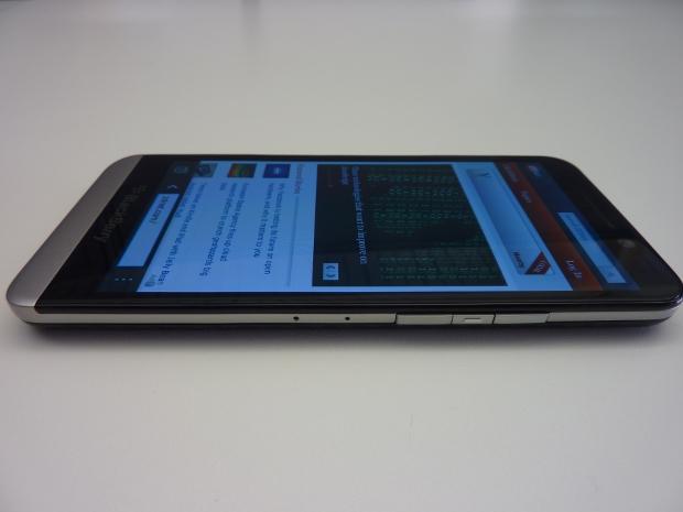 blackberryz30-2.jpg