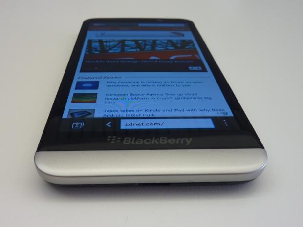 blackberryz30-4.jpg