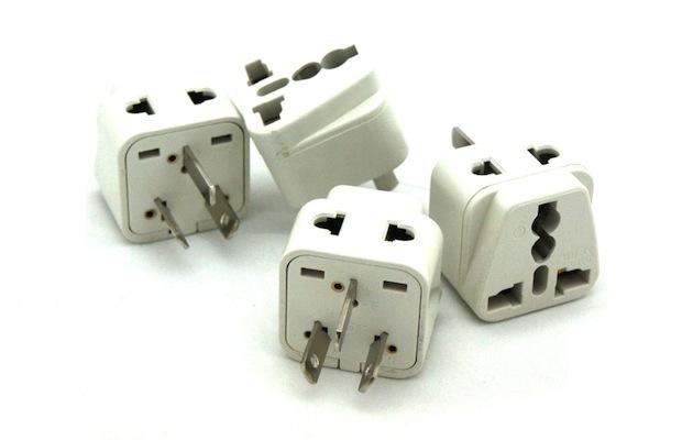 Universal plug adapters (power accessory)