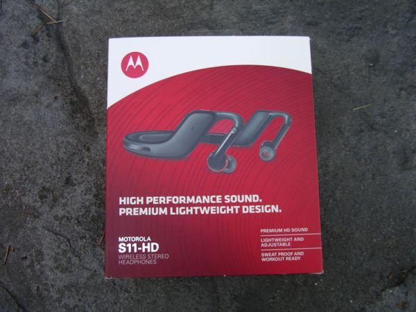 Motorola S11-HD retail package