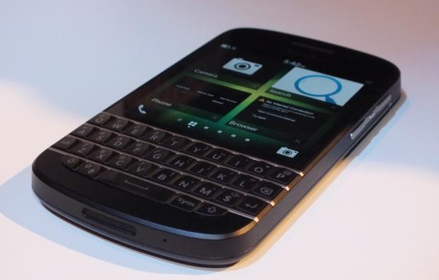 blackberryq10front-v1.jpg