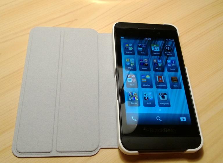 Flip case open with Z10