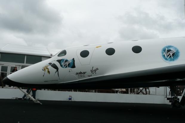 spaceshiptwo-exterior-farnborough-7.jpg
