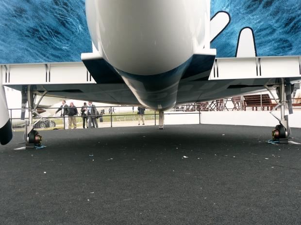 spaceshiptwo-exterior-farnborough-9.jpg