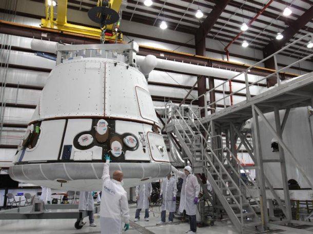 Dragon space capsule