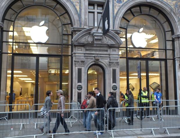 iphone-5-apple-store-london.jpg