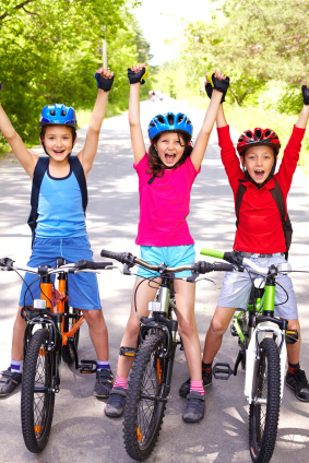 kidsonbikes.jpg