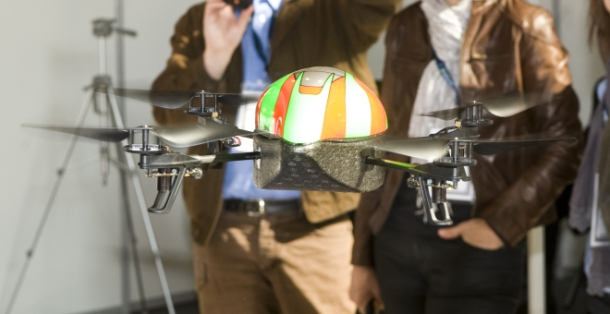 40154266-5-flying-robot-innorobo-610-314.jpg