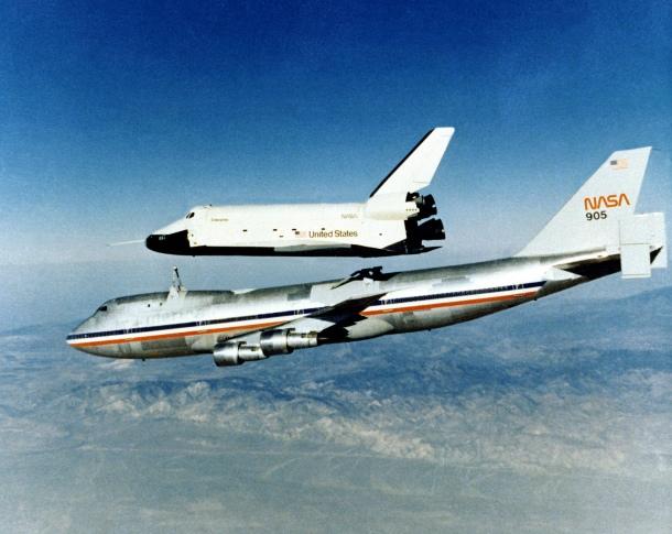 Orbiter prototpye Enterprise in flight