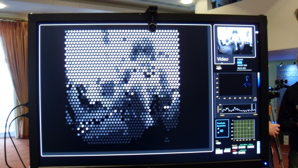 High-resolution retinal implant
