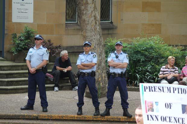 wikileaks-sydney-protest-photos3.jpg