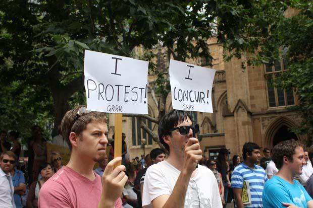 wikileaks-sydney-protest-photos9.jpg
