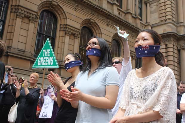 wikileaks-sydney-protest-photos10.jpg