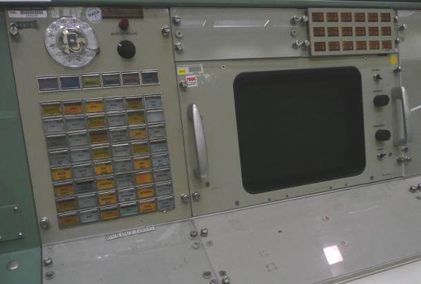 40153865-17-2-nasa-vintage-mission-control.jpg