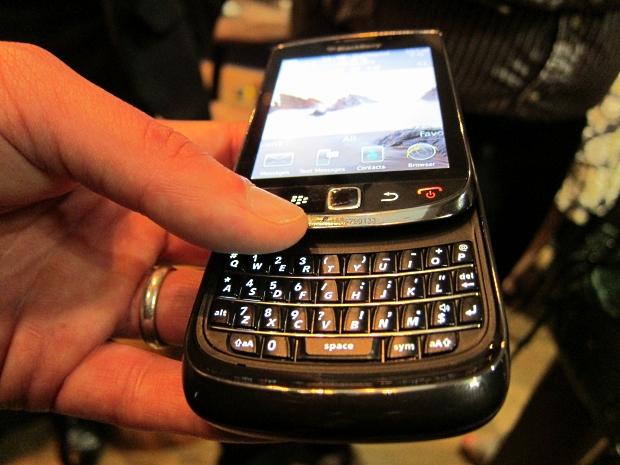 blackberrytorch4.jpg