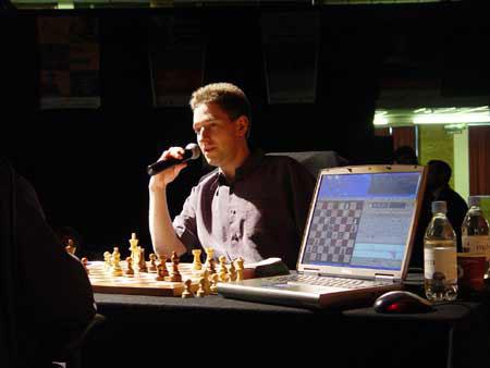 Chess supercomputer crushes grandmaster