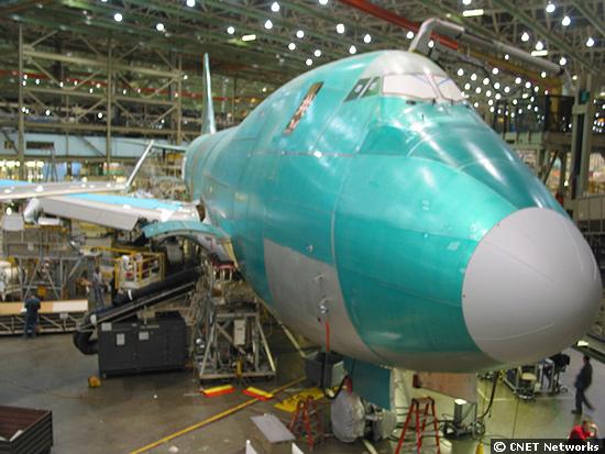 747 Build Front Left