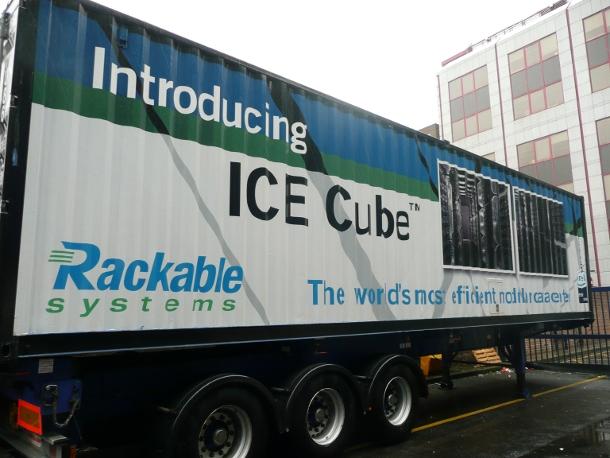 40153351-1-icecubetrailer.jpg