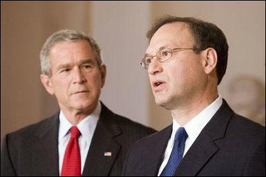 Photo: President Bush and nominee Alito