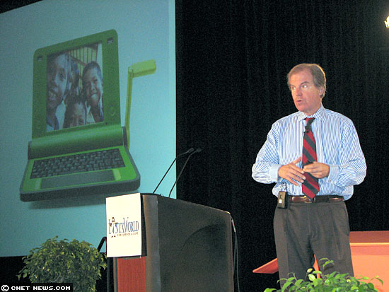 Negroponte at LinuxWorld
