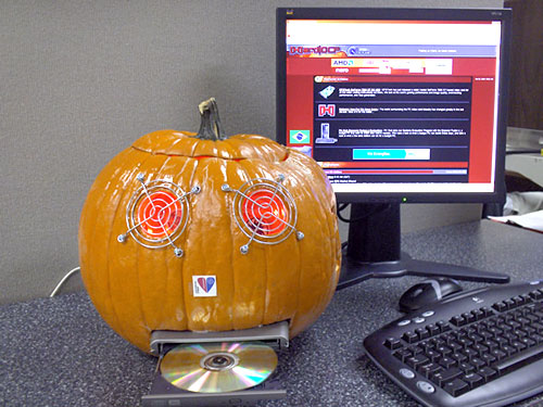 Fully equipped pumpkin PC