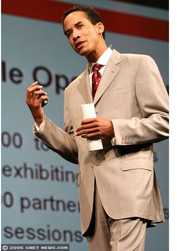Photos: Phillips opens Oracle OpenWorld