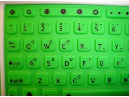 photos-olpc-xo-classmate-and-the-eee-pc8.jpg