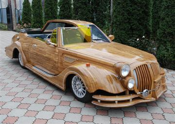 40151042-1-woodencar.jpg