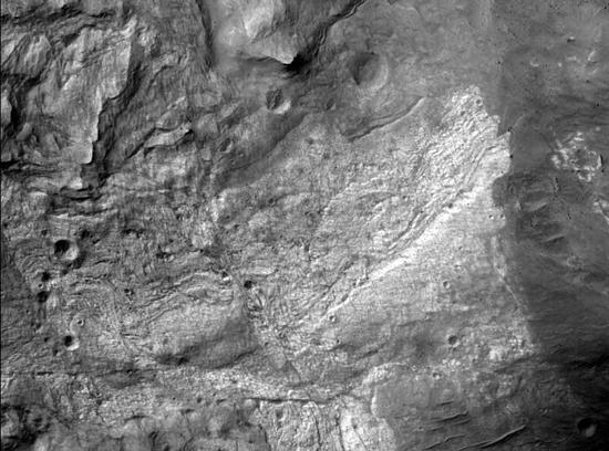 First hi-res Mars photo