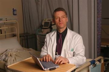 40147712-3-sandwell-hospital-doctor-custom.jpg