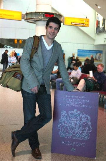 40150143-1-passportpic.jpg