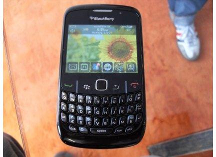blackberry8520gallery4.jpg