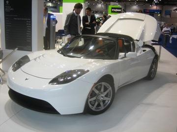 40151837-1-tesla-roadster.jpg