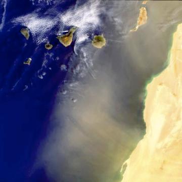 40149638-9-dustsahara.jpg