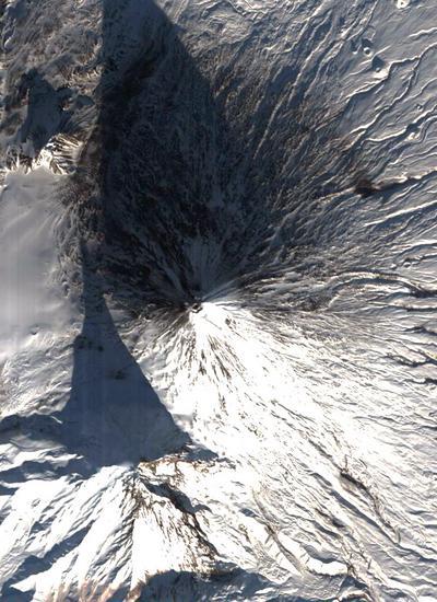 40149638-14-russianvolcano.jpg