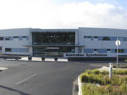 photos-synchrotron-australias-particle-accelerator1.jpg