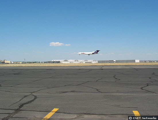 FedEx landing