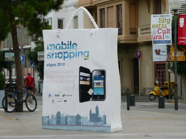 Mobile shopping: A mobile wallet trial in Sitges