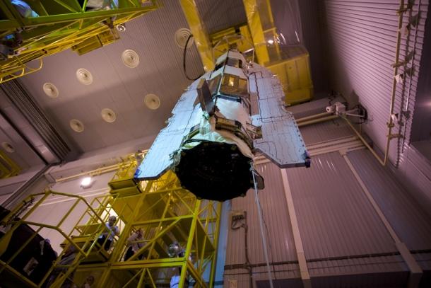 ESA's Goce satellite is loaded aboard a rocket